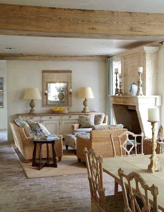 33 European Country Style Interiors Decor Inspiration Hello Lovely Deco Maison Deco Maison De Campagne Deco Maison Interieur