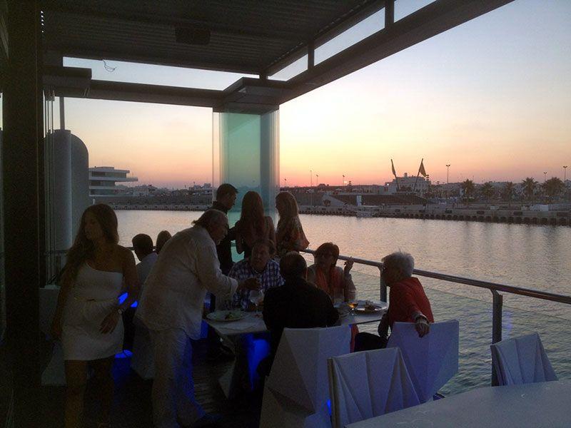 Cortinas De Cristal Para Un Restaurante Junto Al Mar Valencia