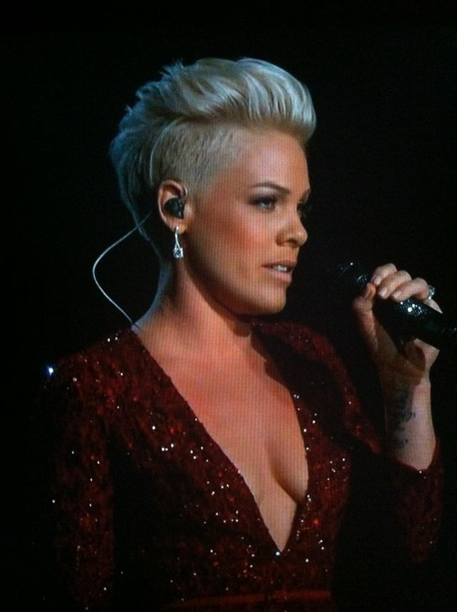 pink hair style somewhere the rainbow awesome rendition p nk 2125