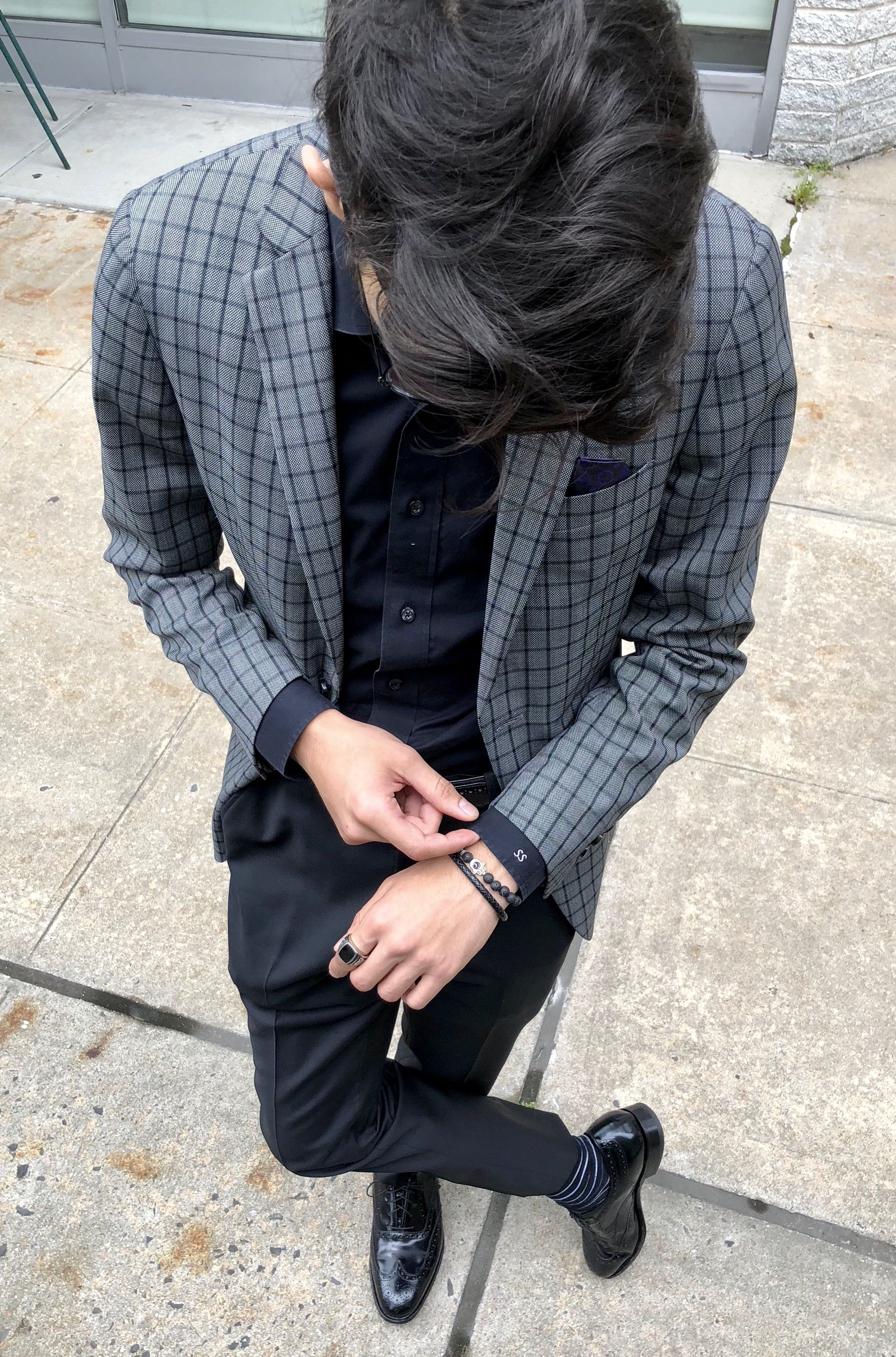 Men S Grey And Black Check Sport Coat With Black Shirt And Black Pants And Shoes Thecl Mens Fashion Business Casual Fashion Business Casual Edgy Fashion Chic [ 2712 x 1791 Pixel ]