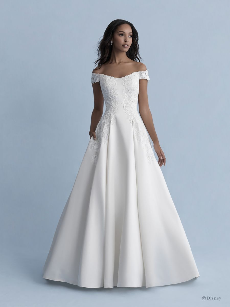 Allure D262 Belle Sz 14 Ivory 2149 Available At Debra S Bridal Jacksonville Fl 32256 In 2020 Ball Gowns Wedding Belle Wedding Dresses Ball Gown Wedding Dress