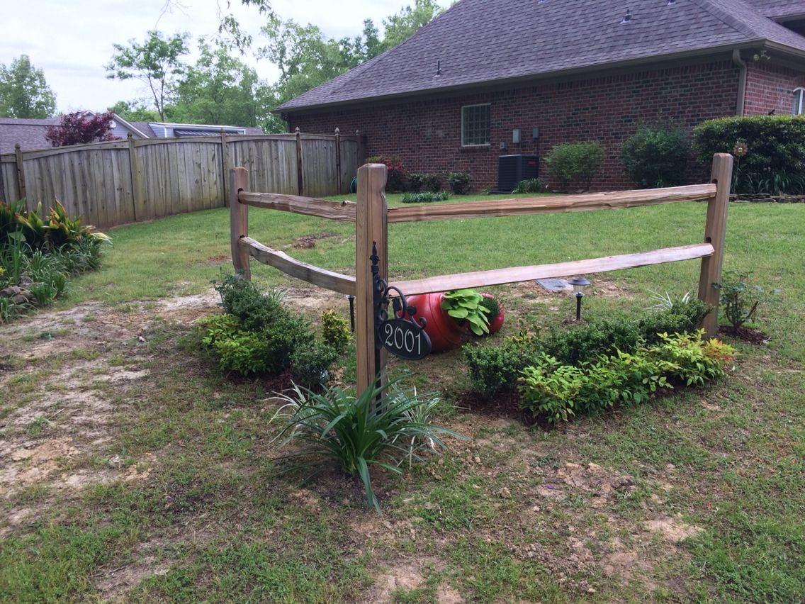Accent Corner Split Rail Fence. Gardening