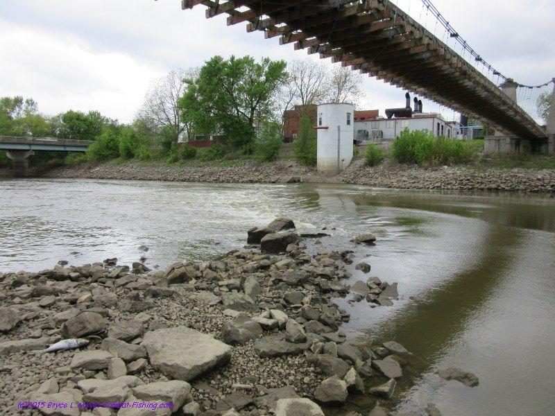 bridge1KaskaskiaRiverbloewLakecarlyleCarlyleIL25May2015wra.jpg (800×600)