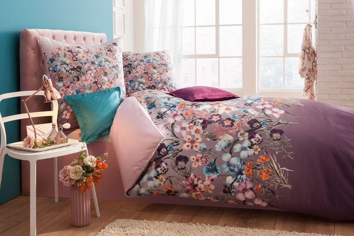 mako satin bettw sche mit wundersch nem blumenprint blumenpracht pinterest bettw sche. Black Bedroom Furniture Sets. Home Design Ideas