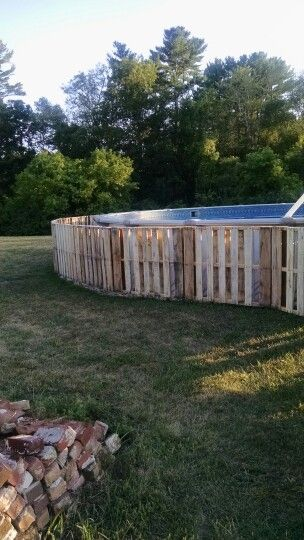 Pallet Above Ground Pool Camouflage Pallet Fence Around Above Ground Pool Above Ground Pool Landscaping In Ground Pools Above Ground Pool