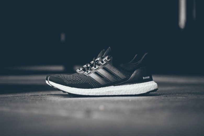 adidas ultra boost mens gold