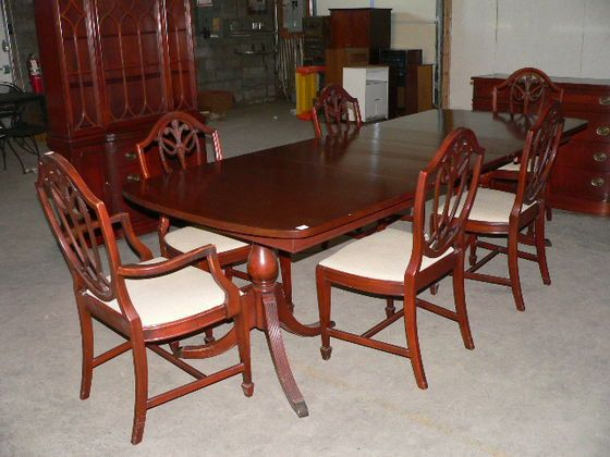 Nice 1930s 40s Dining Room Table With Chairs