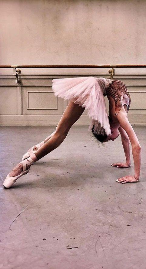 Bolshoi Dancer @ruby.tear- De Instagram- thewonderfulworldofdance #danceandmovement