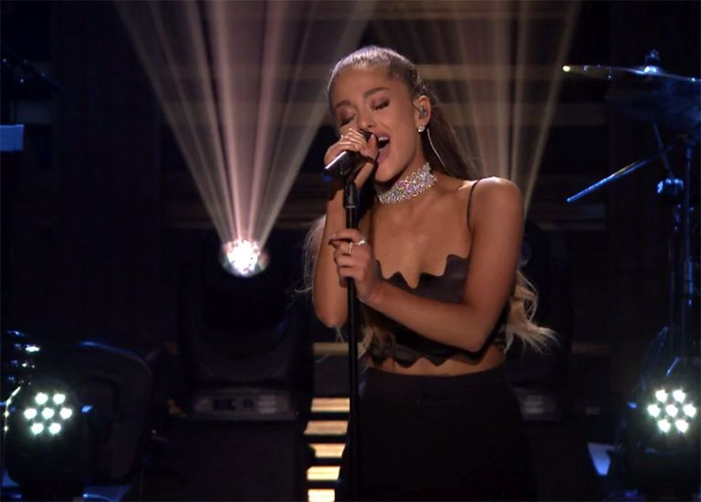 """Ariana Grande performs """"Dangerous Woman"""" on The Tonight Show Starring Jimmy Fallon"""