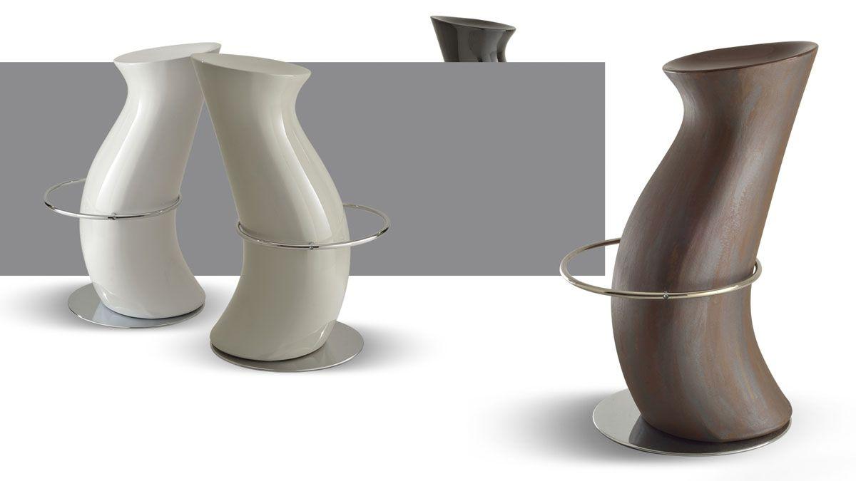 Sgabelli bar materiale policarbonato stile minimalista