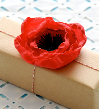 Leather Accent Tag - poppies-8 by VIDA VIDA VNKSa