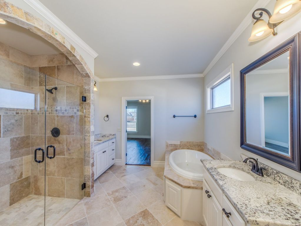 Marshall River S Edge By Executive Homes Zillow Small Bathroom Remodel Master Bath Remodel Bathrooms Remodel