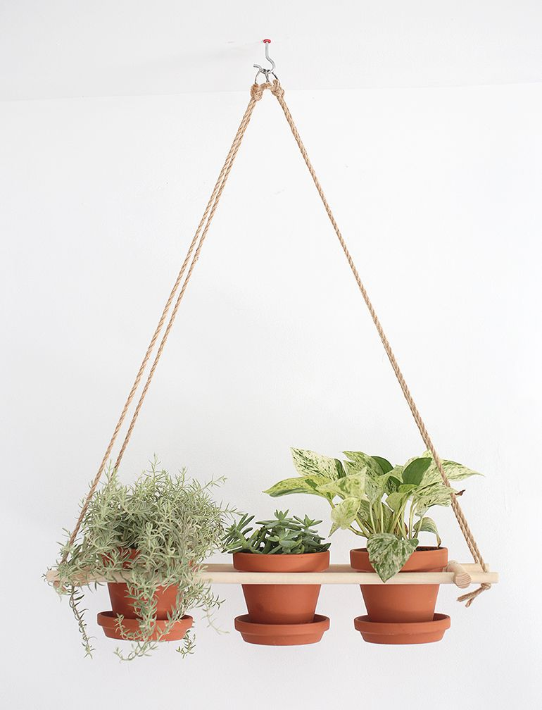 This #DIY Wood Hanging #planter Is The Perfect Project For Those With A  Green