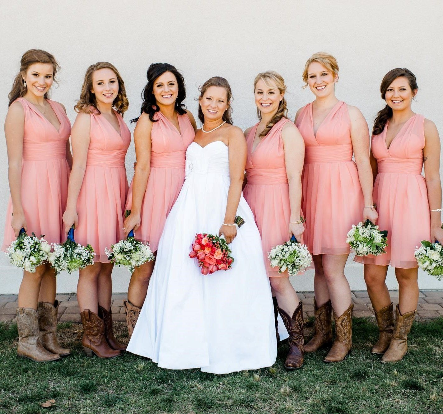 Country Westen Short Coral Bridesmaid Dresses Rockabilly Bridesmaid Dresses With Boots 20082011 Summer Bridesmaid Dresses Pink Bridesmaid Dresses Bridesmaid Dresses Short Coral [ 1331 x 1424 Pixel ]