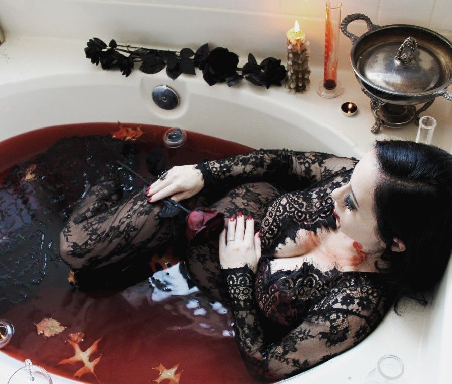 Blood Bath #fallmilkbath