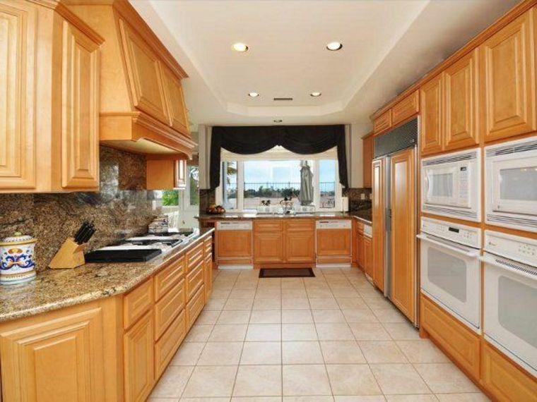consejos de diseño para cocinas de galera | Interiores para cocina ...