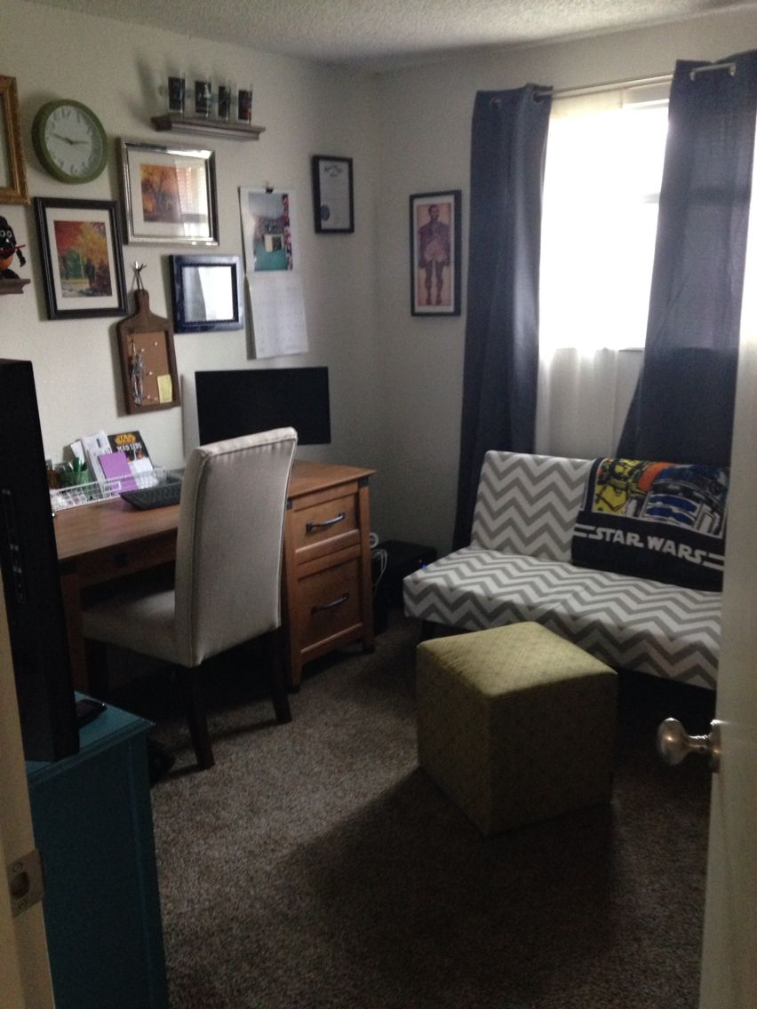 Home office / Guest Room / game room   Guest room office ...