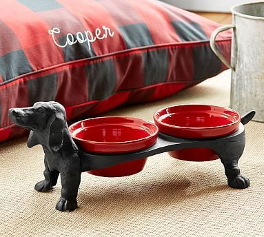 Dachshund Dog Bowl Stand                                                                                                                                                                                 More - Tap the pin for the most adorable pawtastic fur baby apparel! You'll love the dog clothes and cat clothes! <3