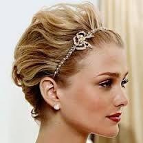 Resultado de imagem para cabelo para convidadas de casamento