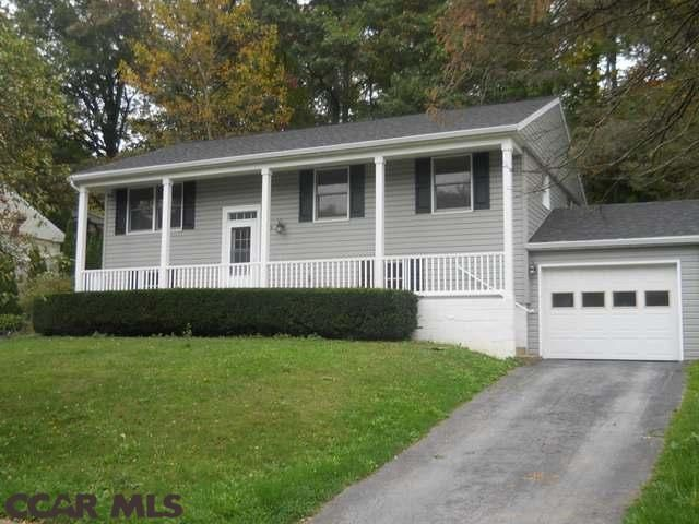 443 Douglas Drive State College Pa Park Forest Nice Convenient Location Entry Stairs Entry Stairs State College Pa Home And Family
