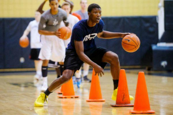 Basketball Dribbling Drills Basketball Hq Basketball Drills Dribbling Youth Basketball Drills Basketball Workouts