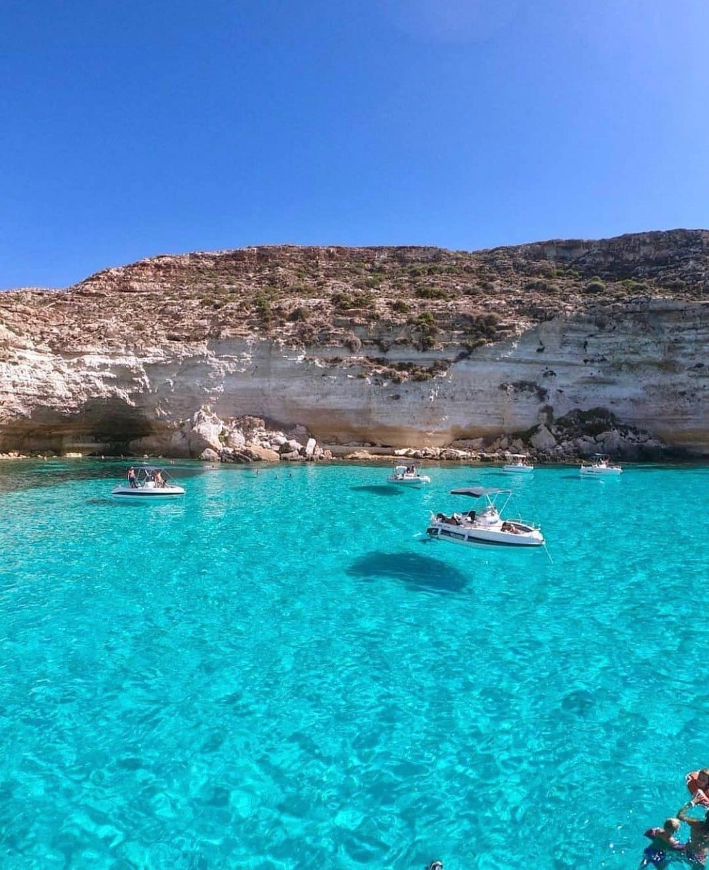 Buongiorno Da Tabaccara Lampedusa Usa Il Nostro Filtro Instagram Segui Poivorrei Sicilia Sicily S Luoghi Di Vacanza Sicilia Vacanza