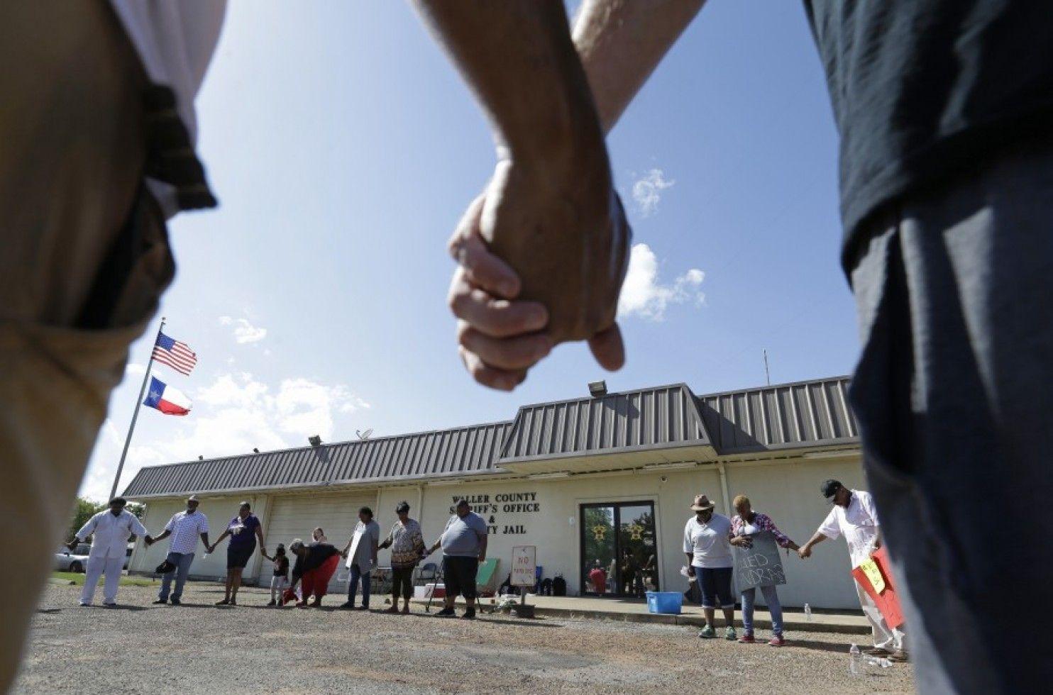 How often do prisoners die behind bars prison jail