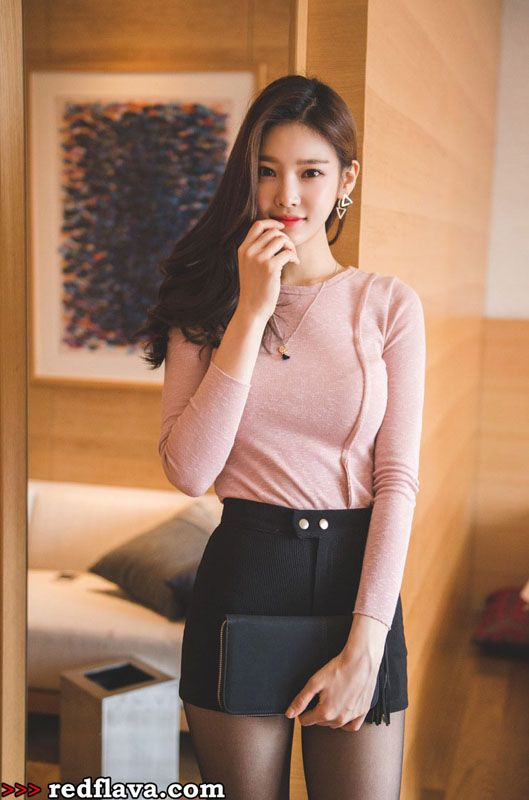 Hot Korean Babes For New Year  Asian Beauty  Asian Girl -1683