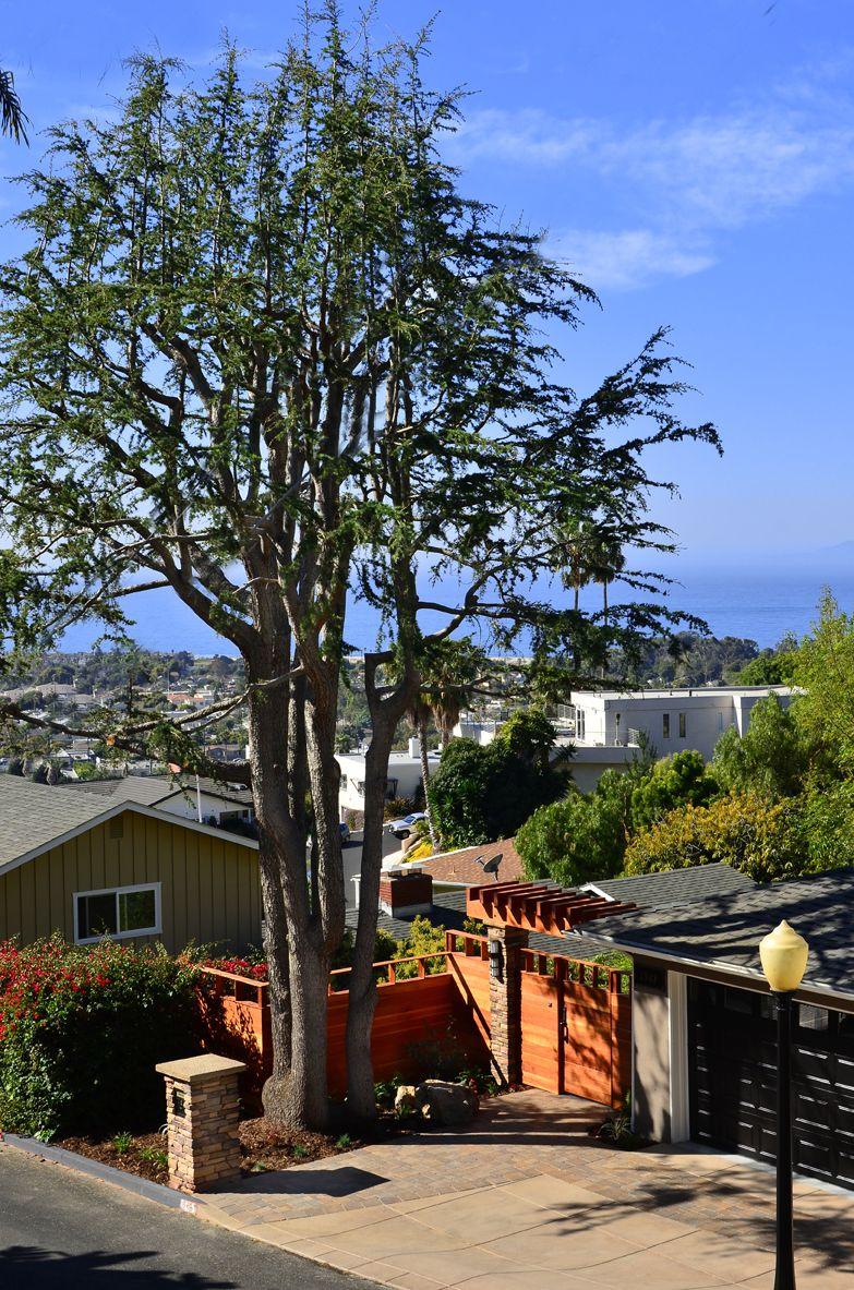 Private Ventura California View Property By Scarlett S Landscape Inc Http Scarlettslandscaping Com Landscape Design Landscape Contractor Building Design