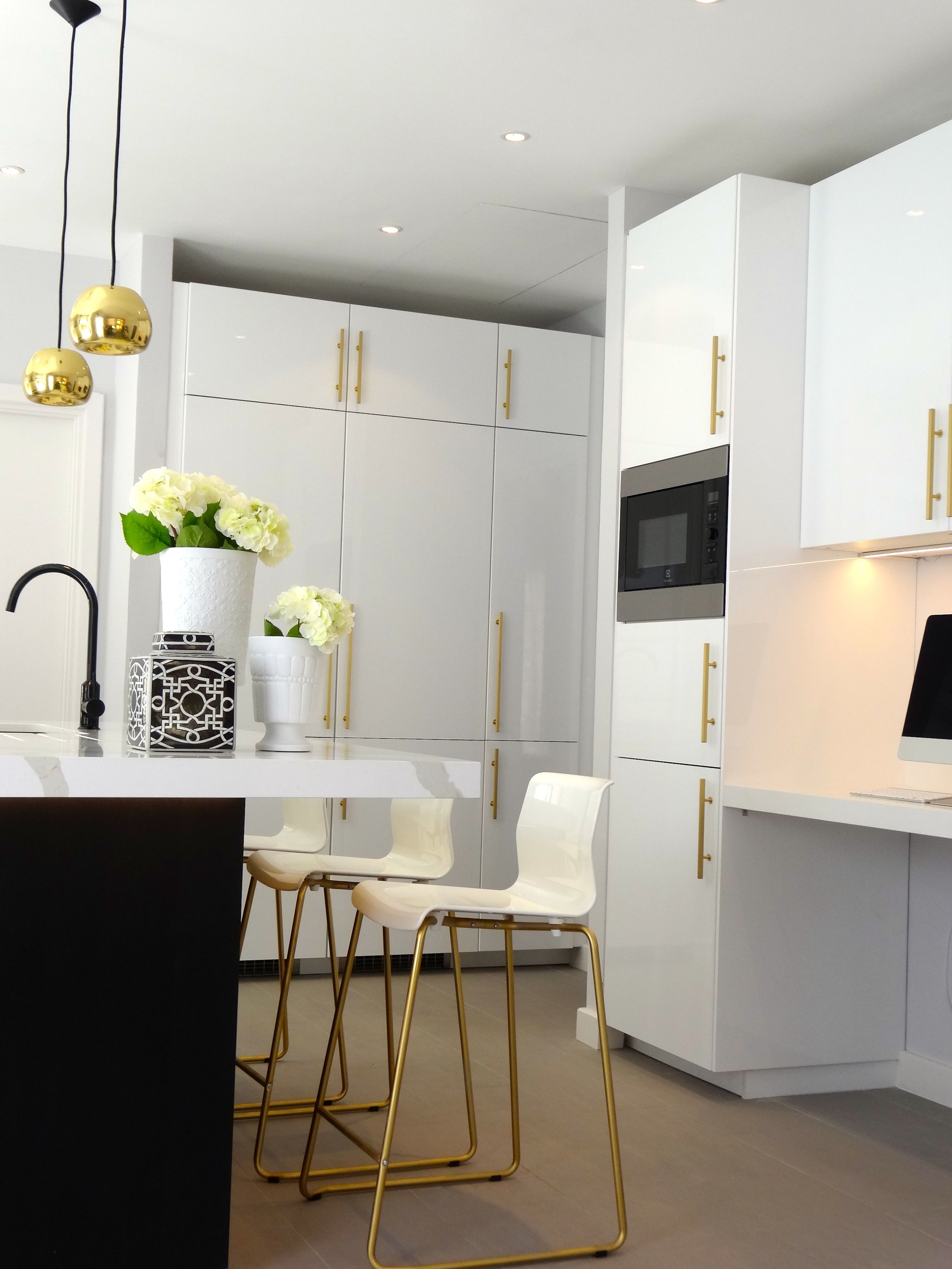 black and white kitchen accessories hanging lights with brass gold high gloss cabinets pendant island greek key blinds cream bar