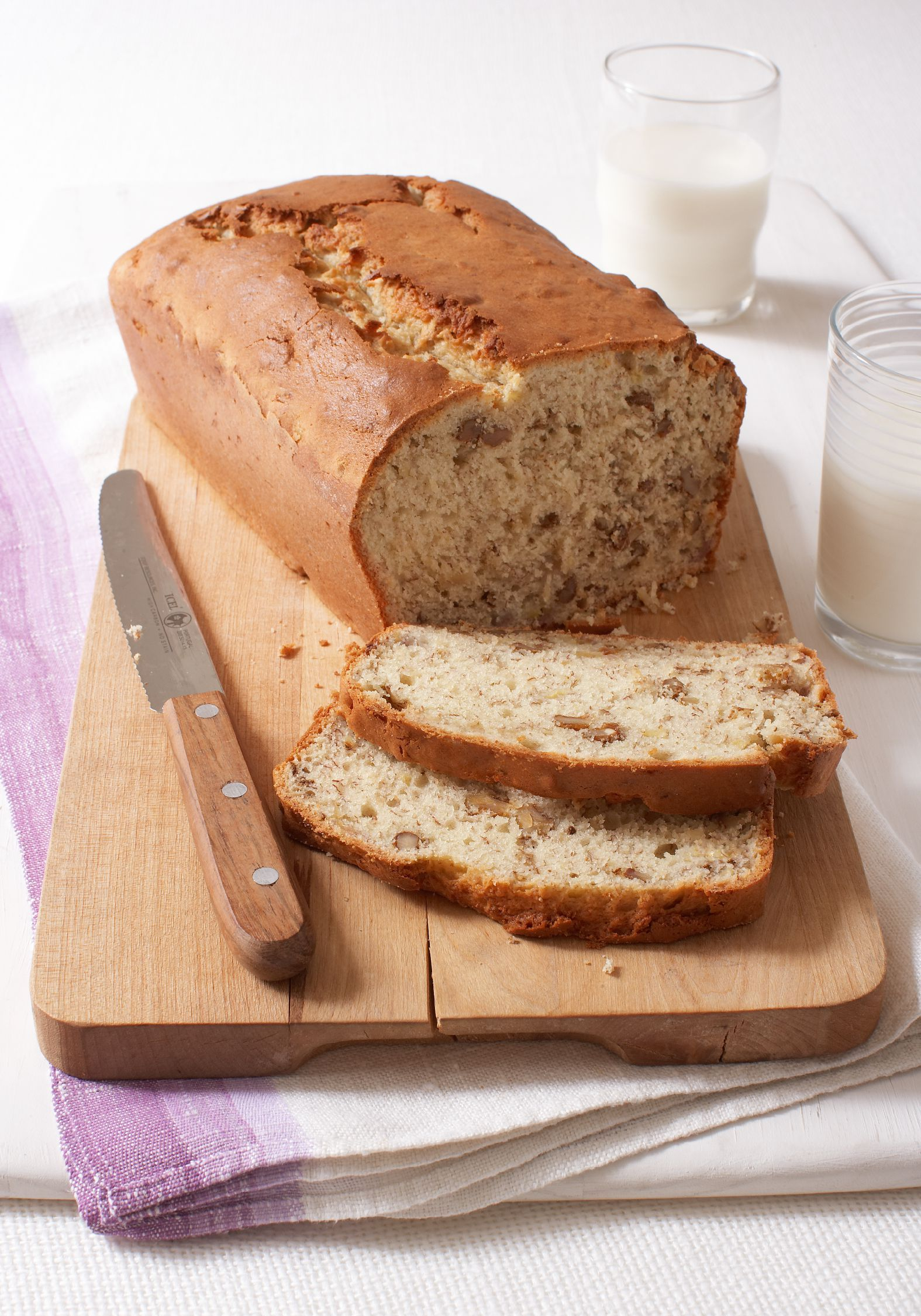 Classic Sour Cream Banana Bread Only Basic Kitchen Ingredients Are Needed To Make This Easy Classic Sour Crea Kraft Recipes Banana Bread Recipes Banana Bread