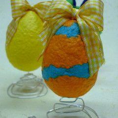 Uova di Pasqua in cartapesta.