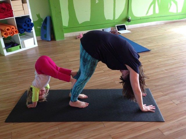 Two S Company Five Mommy And Me Movement Classes For You And Your Toddler Mommy And Me Craft Activities For Kids California With Kids