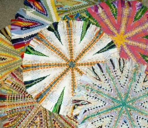 Various Color Arrangements In Wagon Wheel Rugs