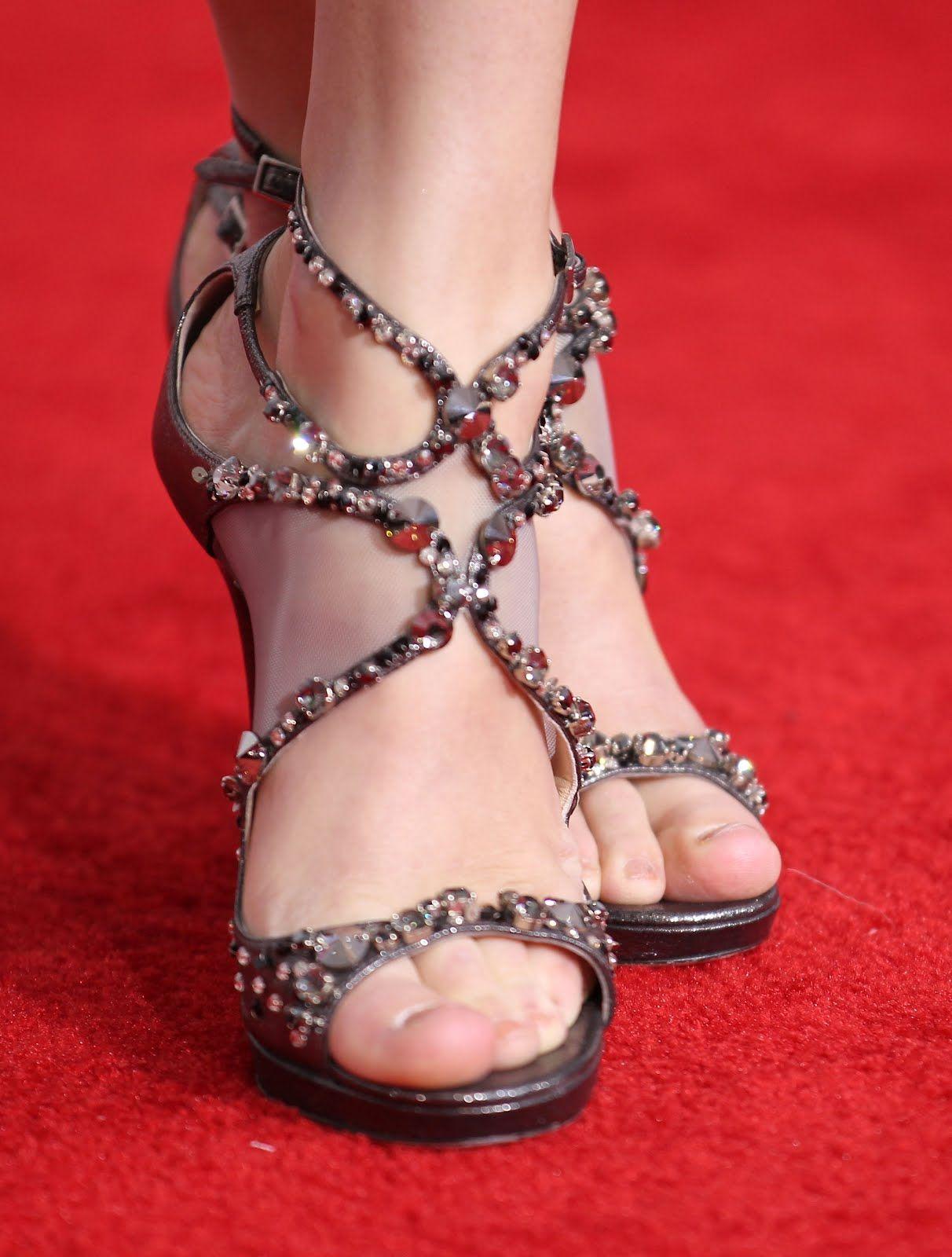 a391d9ba017 Taylor Swift Feet Jeweled Sandals