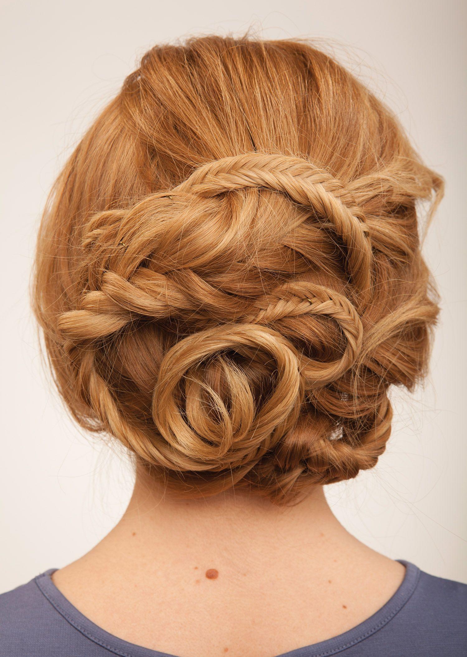 4 Pro Hair Tips That Make Braiding Easy Long Hair Styles Wedding Hairstyles For Long Hair Hair Styles