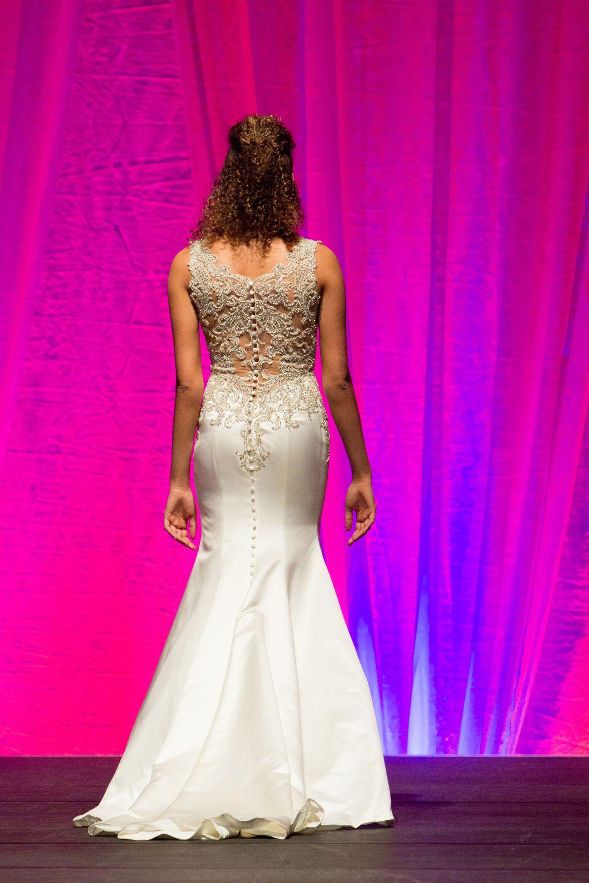 Wedding Essentials Omaha // Bridal University // Mid