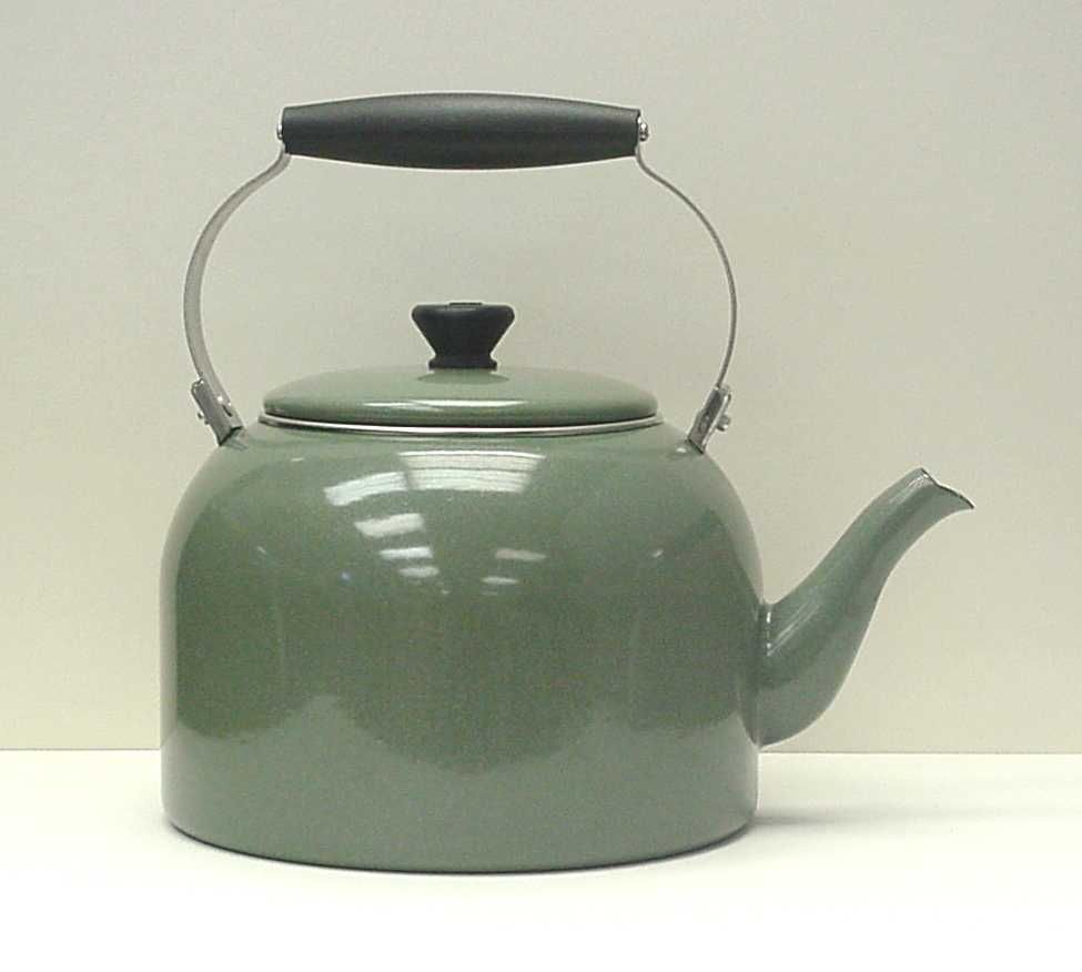 tea kettle...similar to one in prop stock...for when Man makes tea ...