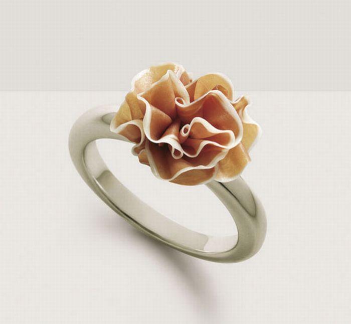Parma ring…