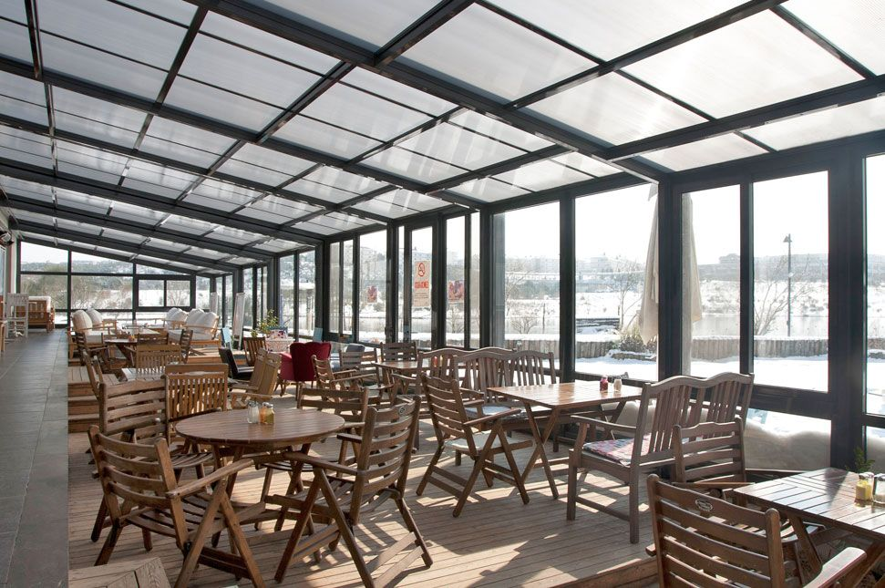 Retractable Roof - Commercial