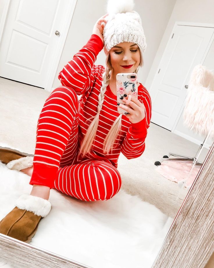 Pin by ☆ 𝕃𝕖𝕒𝕙 ☆ on Cute Clothes in 2020 Striped pajama