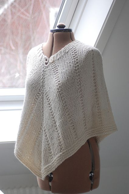 Britt Poncho Pattern By Gralina Frie Knitting Projects