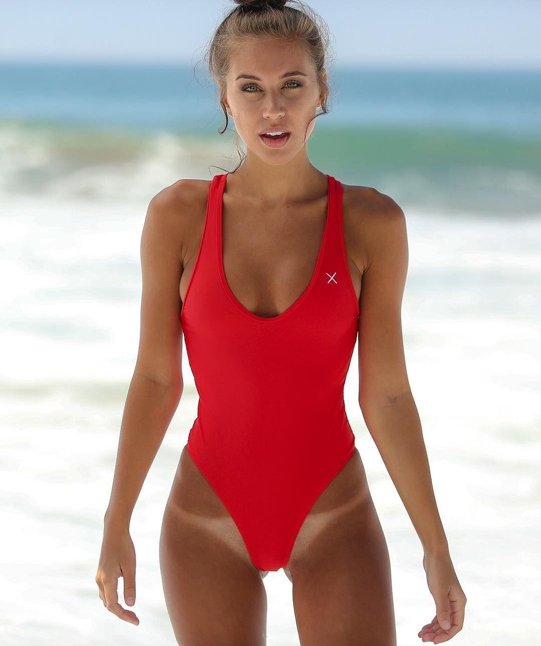 1f62148bb7 Matyeezy Brit Manuela Perfect Bikini Body | Bikini Body | Bikini tan ...