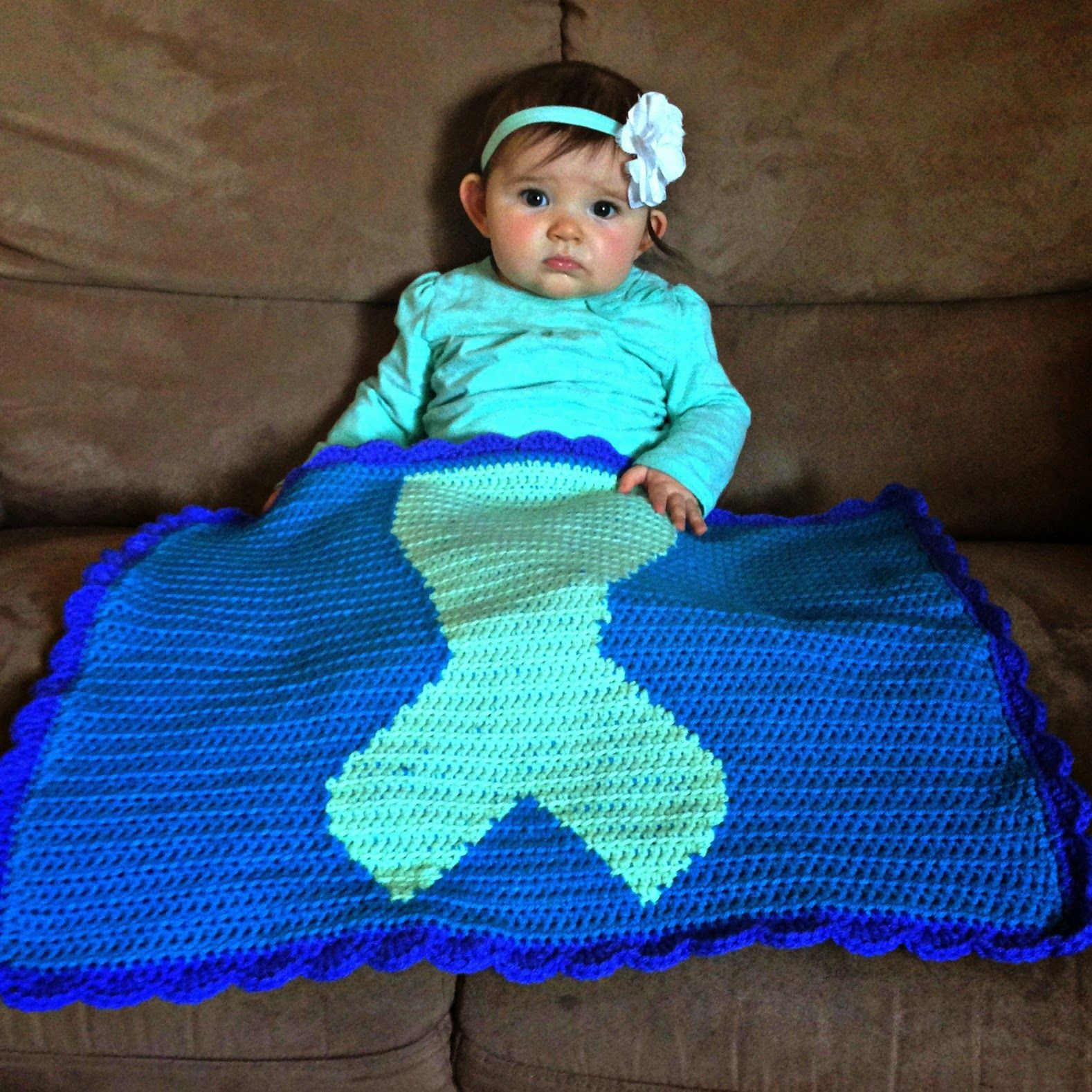 I have recently been a wee bit obsessed with mermaids it may be the friendly red fox free crochet mermaid tail blanket pattern bankloansurffo Choice Image