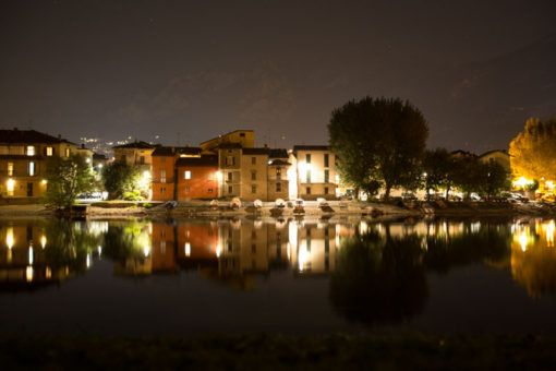 night view of Pescarenico, Lecco, Italy