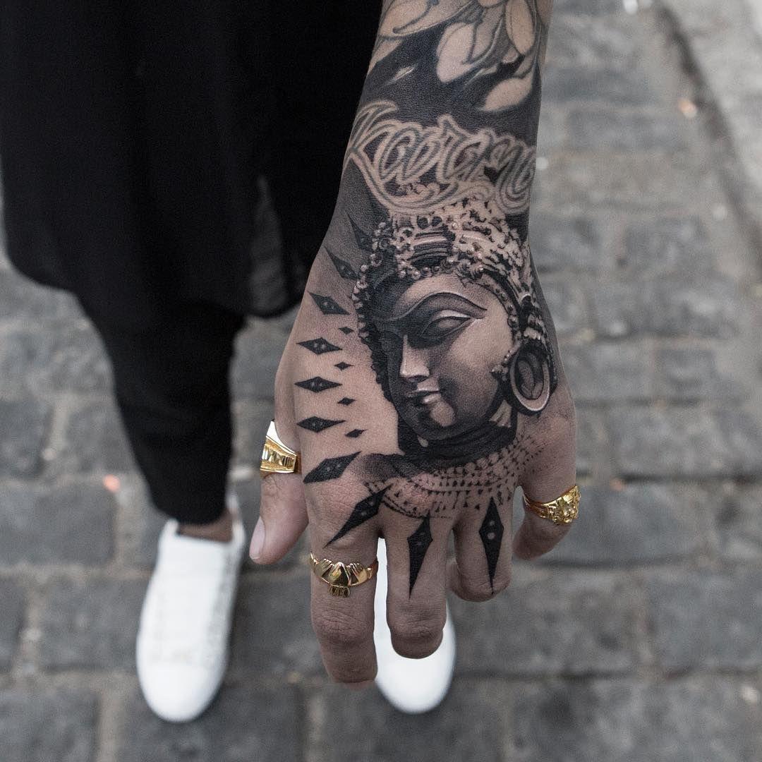 Hand Tattoo By Oscar Akermo Hand Tattoos For Guys Hand Tattoos Japanese Hand Tattoos