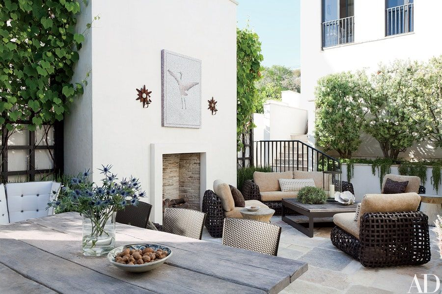 Look Inside A Film Producer S Refined Malibu Weekend Home Outdoor Rooms Outdoor Living Rooms Outdoor Spaces