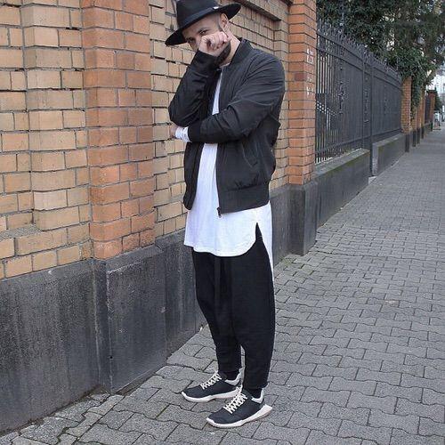 Imagine prin We Heart It https://weheartit.com/entry/169939985 #black #blackandwhite #boy #fashion #ghetto #ghettostyle #gray #jeans #look #man #men #park #street #streetstyle #style #white #blackfashion #longboots #streetlook #gotch #blacklook #ghettolook #ghettostreet
