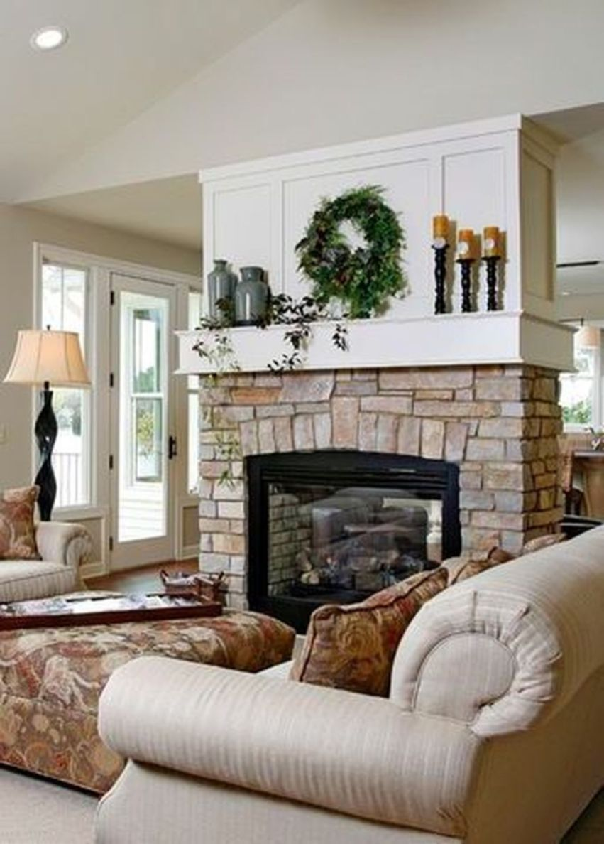33 Lovely Family Room Interior Design Ideas With Fireplace To Have