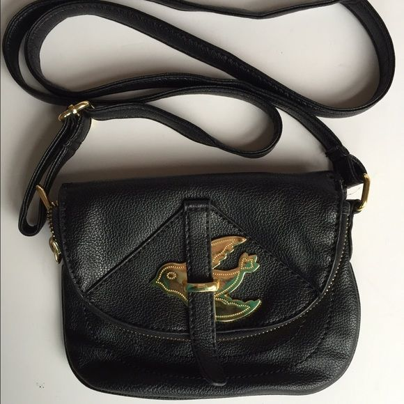 e839b23347d9 Marc by Marc Jacobs LOOK ALIKE crossbody bird bag Cross body bag that  resembles the Marc